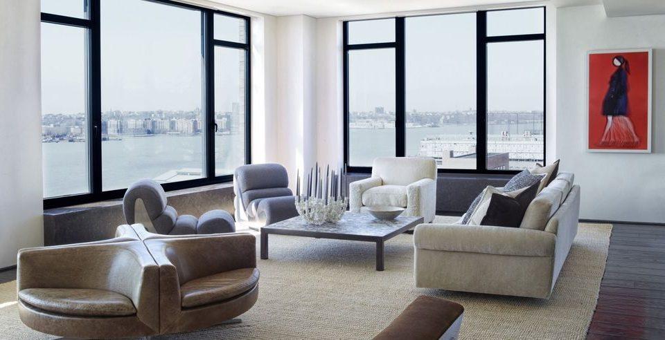 Естествената кожа в интериора на едно съвременно жилище в ретромодернистичен стил